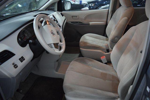 2012 Toyota Sienna Richmond Hill, New York 11