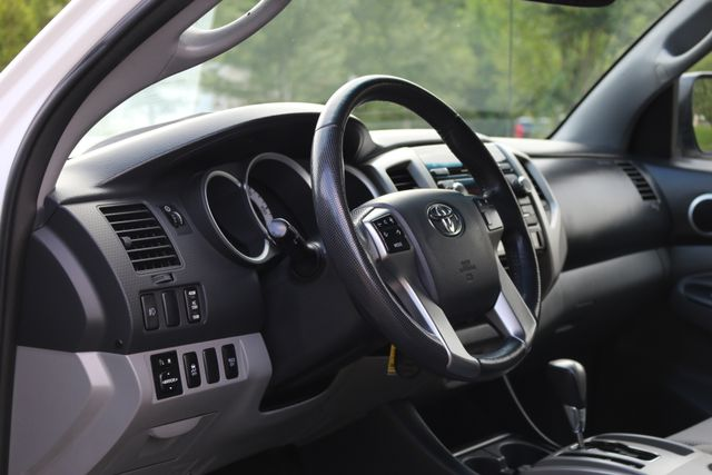 2012 Toyota Tacoma SR5 TRD SPORT 4X4 Mooresville, North Carolina 11