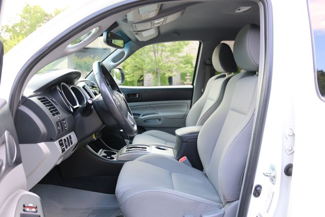 2012 Toyota Tacoma SR5 TRD SPORT 4X4 Mooresville, North Carolina 12