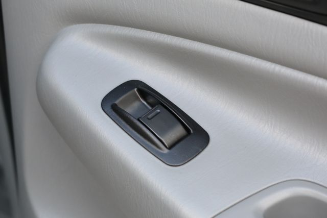 2012 Toyota Tacoma SR5 TRD SPORT 4X4 Mooresville, North Carolina 21