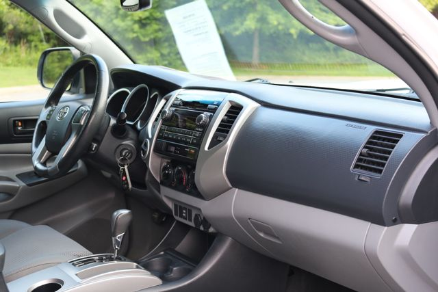 2012 Toyota Tacoma SR5 TRD SPORT 4X4 Mooresville, North Carolina 23