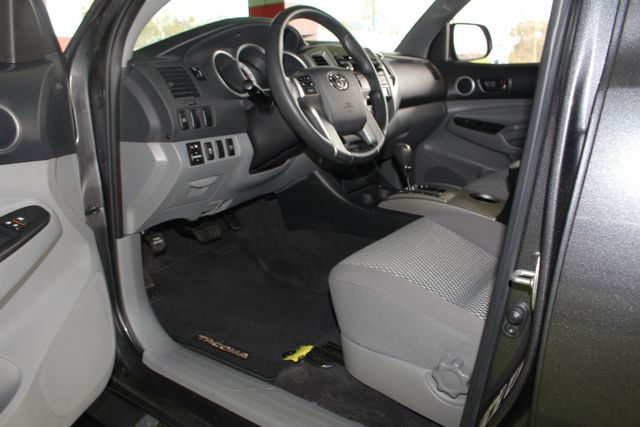 2012 Toyota Tacoma SR5 Double Cab Long Bed 4x4 Mooresville , NC 31