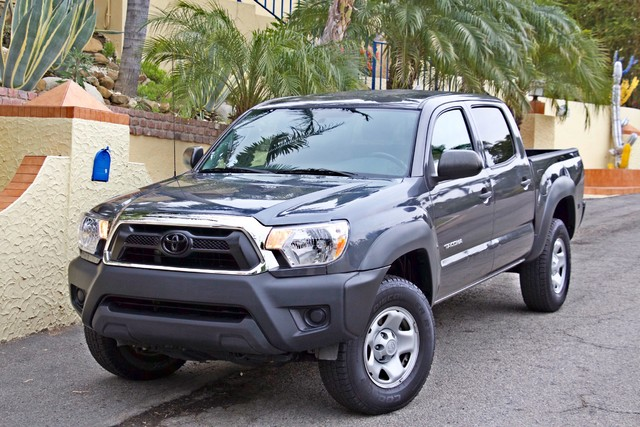 2012 Toyota TACOMA PRERUNNER DOUBLE CREW CAB AUTOMATIC ONLY 53K MLS 1-OWNER Woodland Hills, CA 1