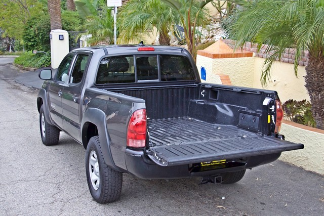 2012 Toyota TACOMA PRERUNNER DOUBLE CREW CAB AUTOMATIC ONLY 53K MLS 1-OWNER Woodland Hills, CA 11