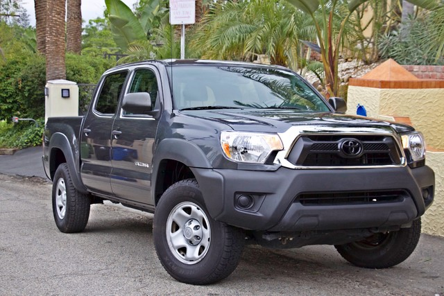 2012 Toyota TACOMA PRERUNNER DOUBLE CREW CAB AUTOMATIC ONLY 53K MLS 1-OWNER Woodland Hills, CA 4