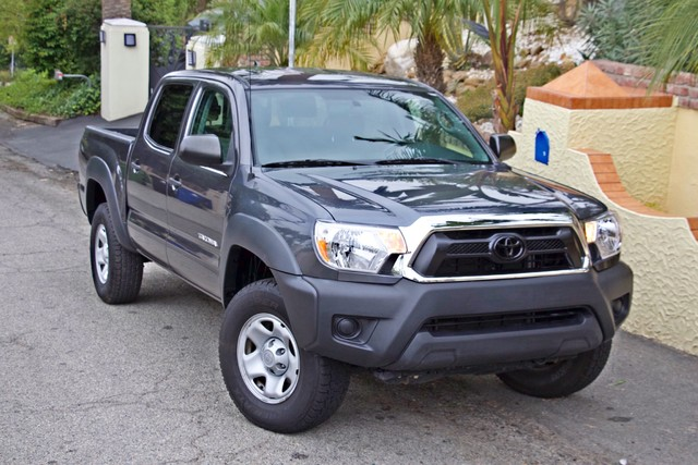2012 Toyota TACOMA PRERUNNER DOUBLE CREW CAB AUTOMATIC ONLY 53K MLS 1-OWNER Woodland Hills, CA 38