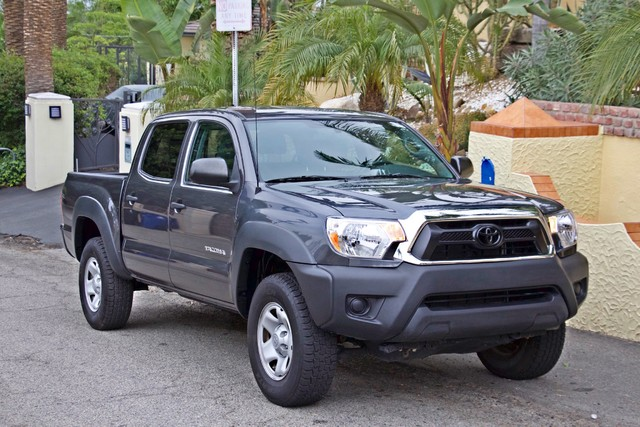 2012 Toyota TACOMA PRERUNNER DOUBLE CREW CAB AUTOMATIC ONLY 53K MLS 1-OWNER Woodland Hills, CA 36