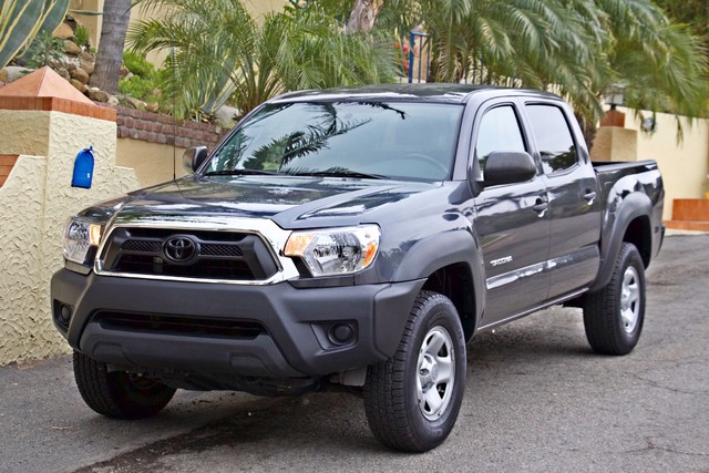 2012 Toyota TACOMA PRERUNNER DOUBLE CREW CAB AUTOMATIC ONLY 53K MLS 1-OWNER Woodland Hills, CA 37