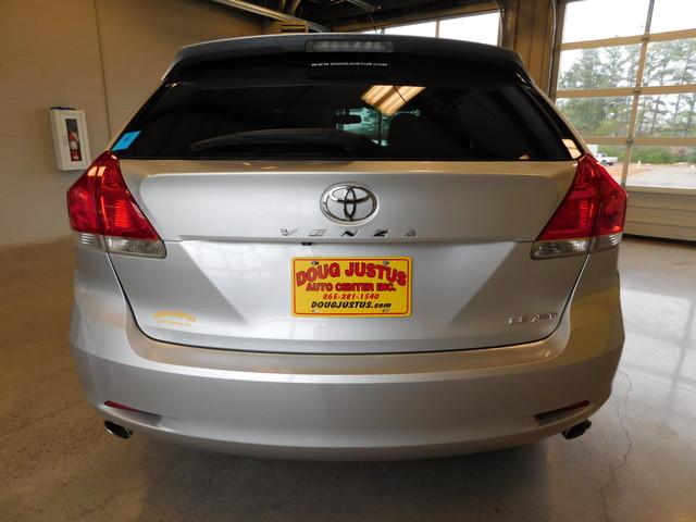 2012 Toyota Venza LE  city TN  Doug Justus Auto Center Inc  in Airport Motor Mile ( Metro Knoxville ), TN