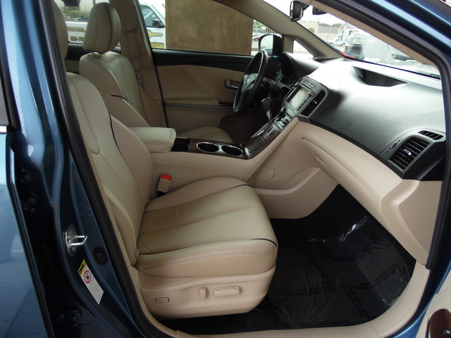 2012 Toyota Venza Limited AWD Bullhead City, Arizona 35
