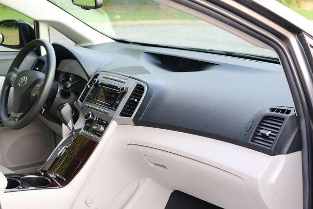 2012 Toyota Venza LE Mooresville, North Carolina 22