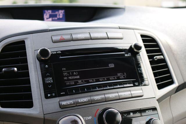 2012 Toyota Venza LE Mooresville, North Carolina 35