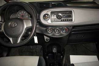 2012 Toyota Yaris LE Bentleyville, Pennsylvania 10