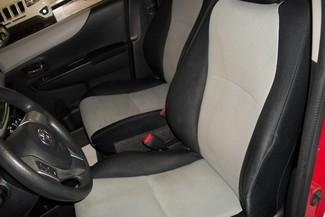 2012 Toyota Yaris LE Bentleyville, Pennsylvania 8