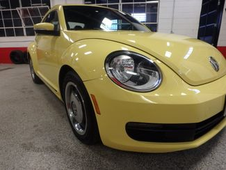 2012 Volkswagen Beetle 2.5L BEAUTY! LOW LOW  MILES!~ LIKE NEW!~ Saint Louis Park, MN 21