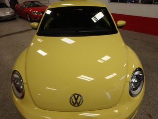 2012 Volkswagen Beetle 2.5L BEAUTY! LOW LOW  MILES!~ LIKE NEW!~ Saint Louis Park, MN 20