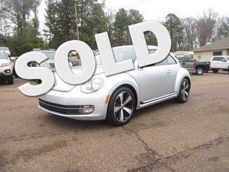 2012 Volkswagen Beetle 2.0T Turbo w/Sound/Nav PZEV Batesville, Mississippi