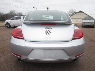 2012 Volkswagen Beetle 2.0T Turbo w/Sound/Nav PZEV Batesville, Mississippi 11