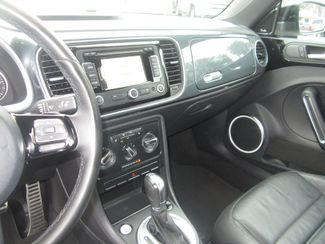 2012 Volkswagen Beetle 2.0T Turbo w/Sound/Nav PZEV Batesville, Mississippi 22