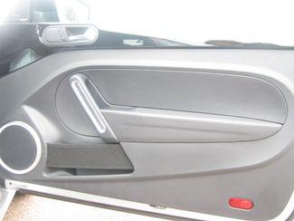 2012 Volkswagen Beetle 2.0T Turbo w/Sound/Nav PZEV Batesville, Mississippi 28