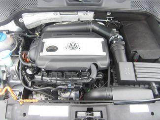 2012 Volkswagen Beetle 2.0T Turbo w/Sound/Nav PZEV Batesville, Mississippi 31