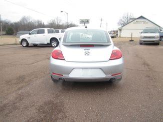 2012 Volkswagen Beetle 2.0T Turbo w/Sound/Nav PZEV Batesville, Mississippi 5