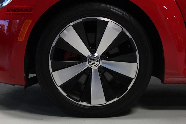 2012 Volkswagen Beetle 2.0T Turbo w/Sound/Nav PZEV Merrillville, Indiana 40