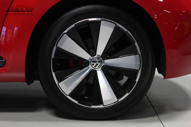 2012 Volkswagen Beetle 2.0T Turbo w/Sound/Nav PZEV Merrillville, Indiana 41