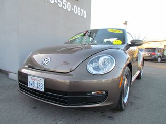 2012 Volkswagen Beetle 2.5L PZEV Sacramento, CA 3