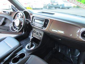 2012 Volkswagen Beetle 2.5L PZEV Sacramento, CA 14