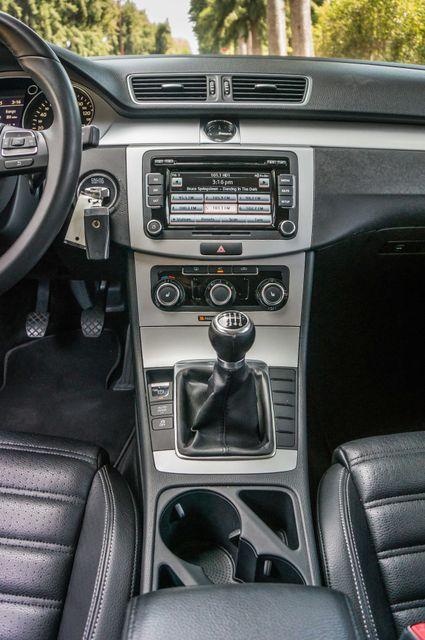 2012 Volkswagen CC Sport - 6SPD - LTHR - 89K MILES - HTD STS Reseda, CA 20