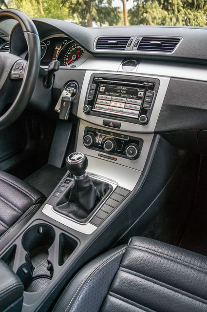 2012 Volkswagen CC Sport - 6SPD - LTHR - 89K MILES - HTD STS Reseda, CA 19