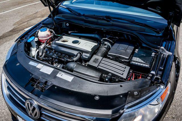 2012 Volkswagen CC  Sport PZEV - AUTO - 49K MILES - HTD STS Reseda, CA 33