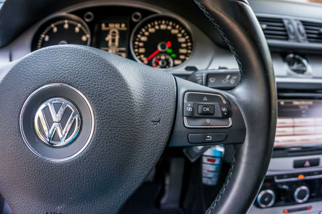 2012 Volkswagen CC  Sport PZEV - AUTO - 49K MILES - HTD STS Reseda, CA 19