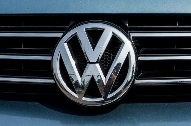 2012 Volkswagen Eos Komfort Reseda, CA 60