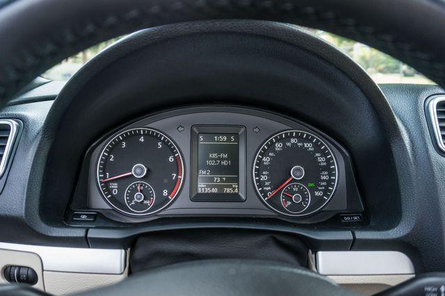 2012 Volkswagen Eos Komfort Reseda, CA 24
