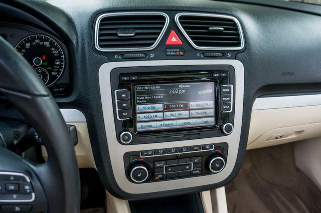 2012 Volkswagen Eos Komfort Reseda, CA 33