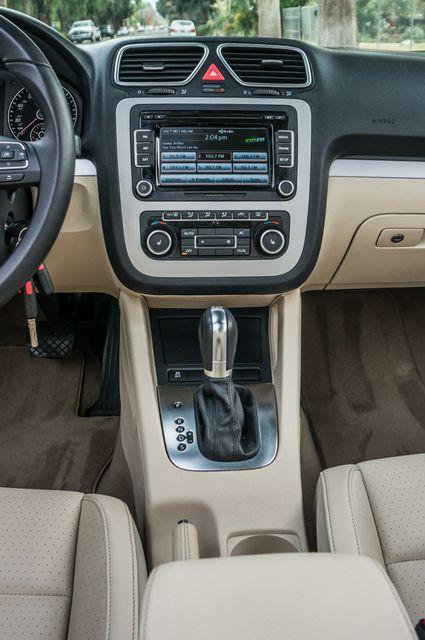 2012 Volkswagen Eos Komfort Reseda, CA 31