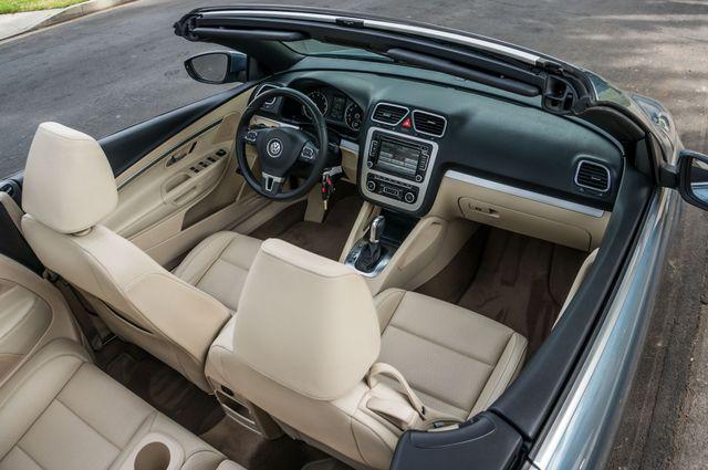 2012 Volkswagen Eos Komfort Reseda, CA 44
