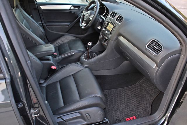 2012 Volkswagen GTI AUTOBAHN 2.0T NAVIGATION 1-OWNER LEATHER MANUAL ALLOY WHLS SERVICE RECORDS! Woodland Hills, CA 25