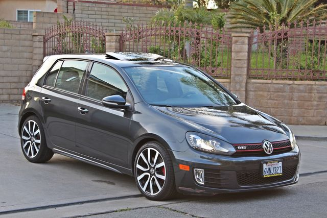 2012 Volkswagen GTI AUTOBAHN 2.0T NAVIGATION 1-OWNER LEATHER MANUAL ALLOY WHLS SERVICE RECORDS! Woodland Hills, CA 30
