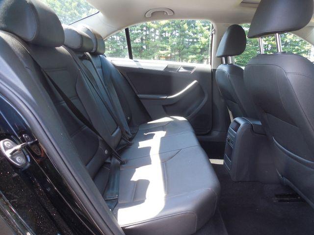 2012 Volkswagen Jetta SEL w/Sunroof PZEV Leesburg, Virginia 10