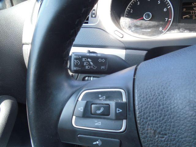 2012 Volkswagen Jetta SEL w/Sunroof PZEV Leesburg, Virginia 19