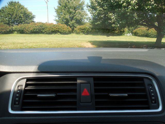 2012 Volkswagen Jetta SEL w/Sunroof PZEV Leesburg, Virginia 23