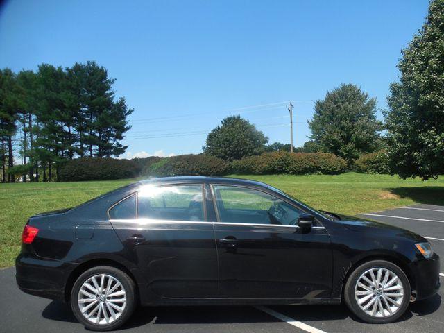 2012 Volkswagen Jetta SEL w/Sunroof PZEV Leesburg, Virginia 5