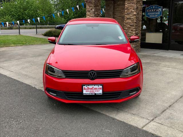 2012 Volkswagen Jetta TDI Clean CARFAX Red 2012 Volkswagen Jetta TDI 20 FWD 6-Speed Manual 20L