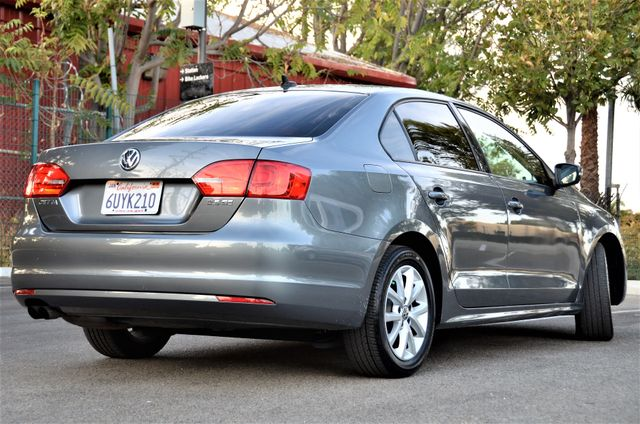 2012 Volkswagen Jetta SE w/Convenience PZEV Reseda, CA 10