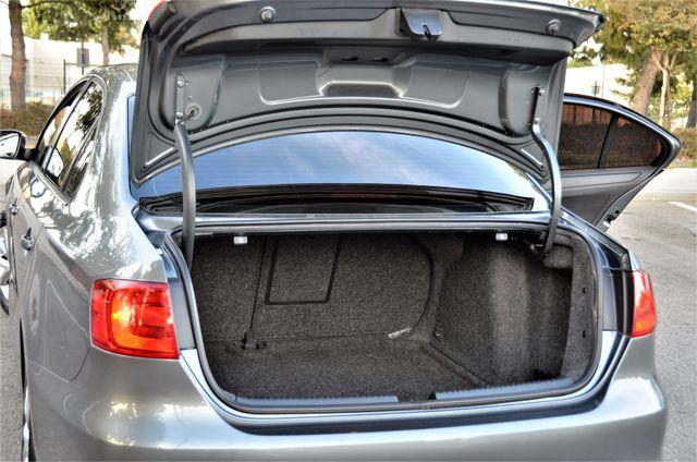 2012 Volkswagen Jetta SE w/Convenience PZEV Reseda, CA 20