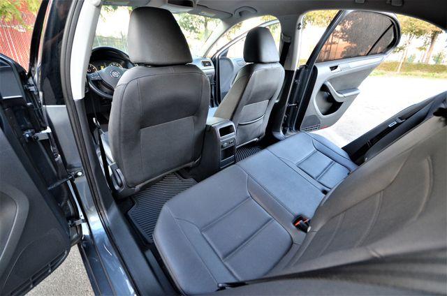 2012 Volkswagen Jetta SE w/Convenience PZEV Reseda, CA 21