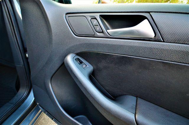 2012 Volkswagen Jetta SE w/Convenience PZEV Reseda, CA 27